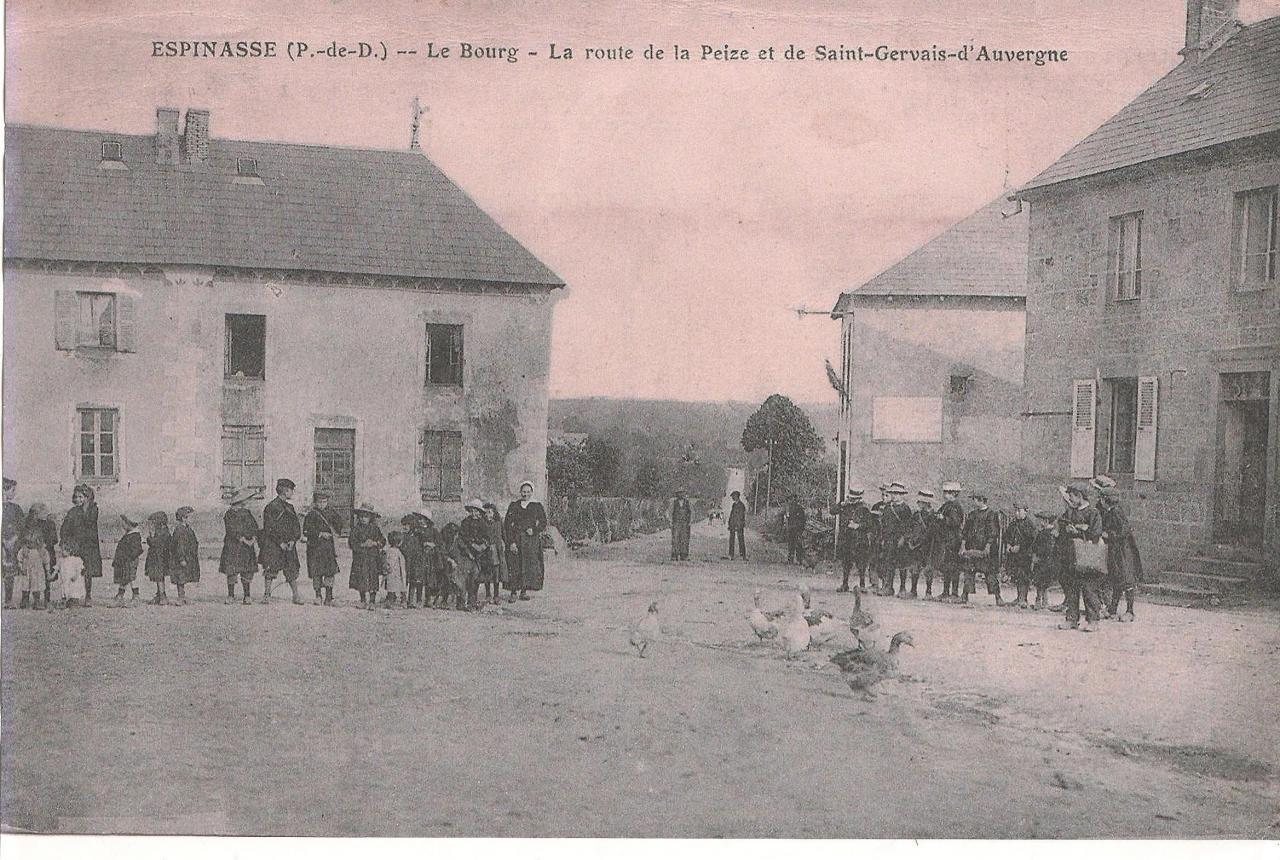 Le bourg en 1911